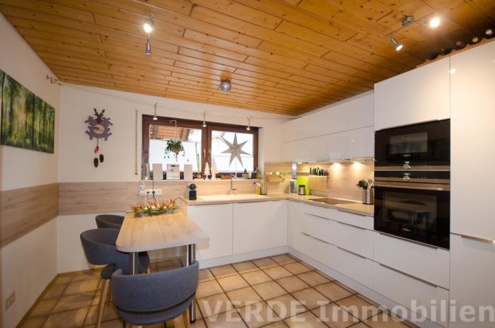 Moderne Küche inkl. EBK