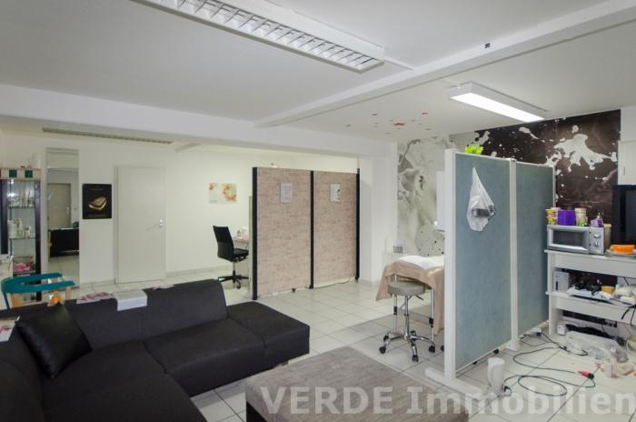 Nebenräume für Büro