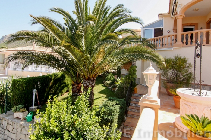 Gartenbereich neben der Terrasse