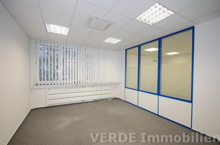 Einzelbüro je ca. 20 m²