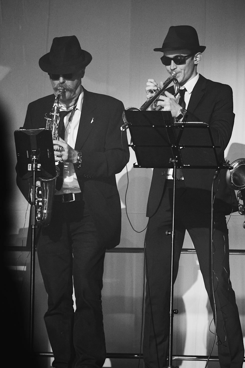 Georg Kraus (Saxophon) und David Sabasch (Trompete). Bildrechte Sabine Köstlmaier