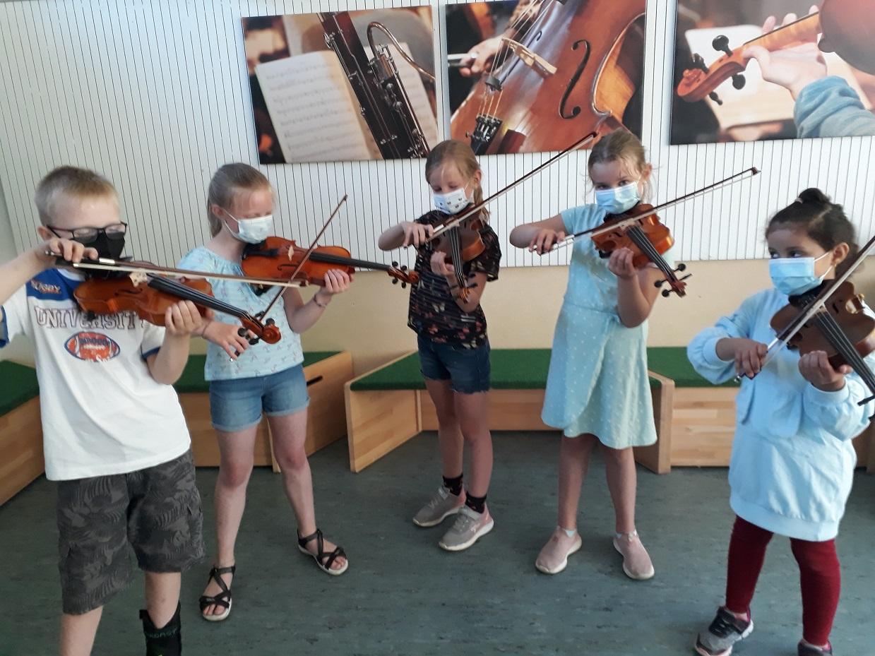 Geigen AG dankt dem Förderverein