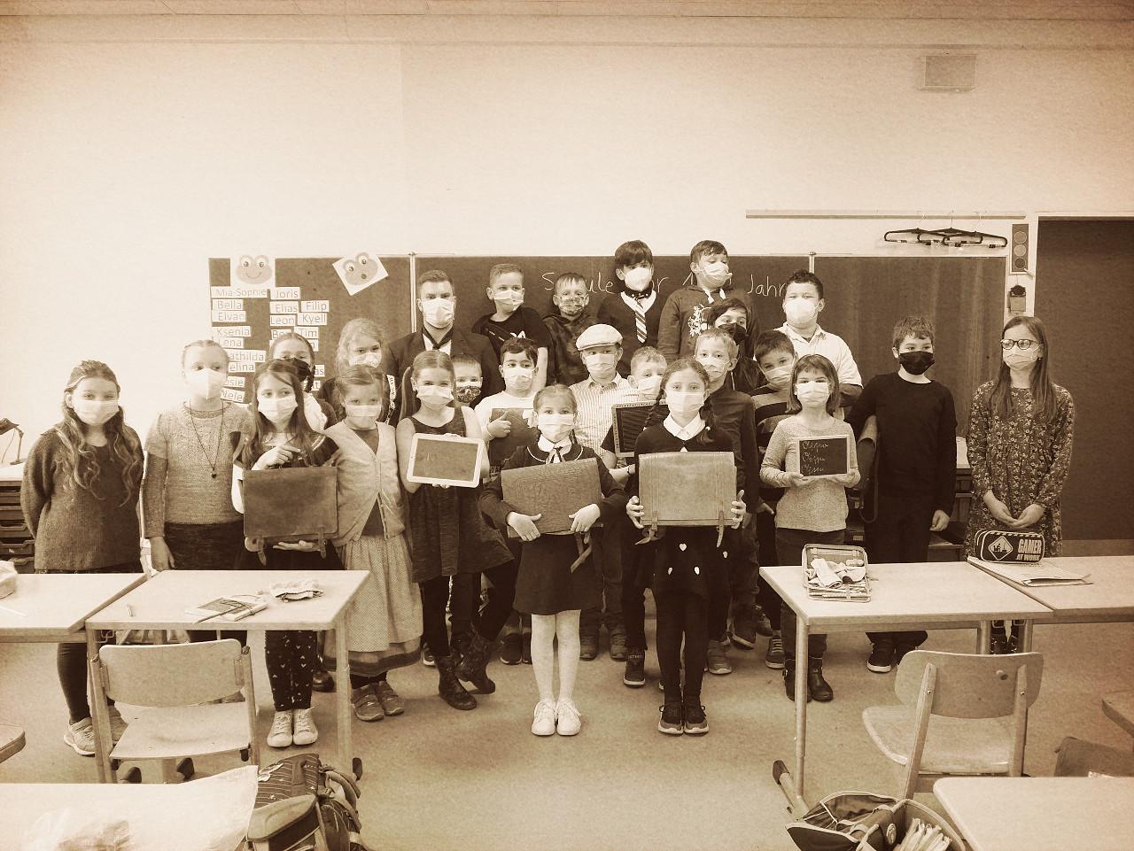 Schule vor 125 Jahren - Klasse 3c