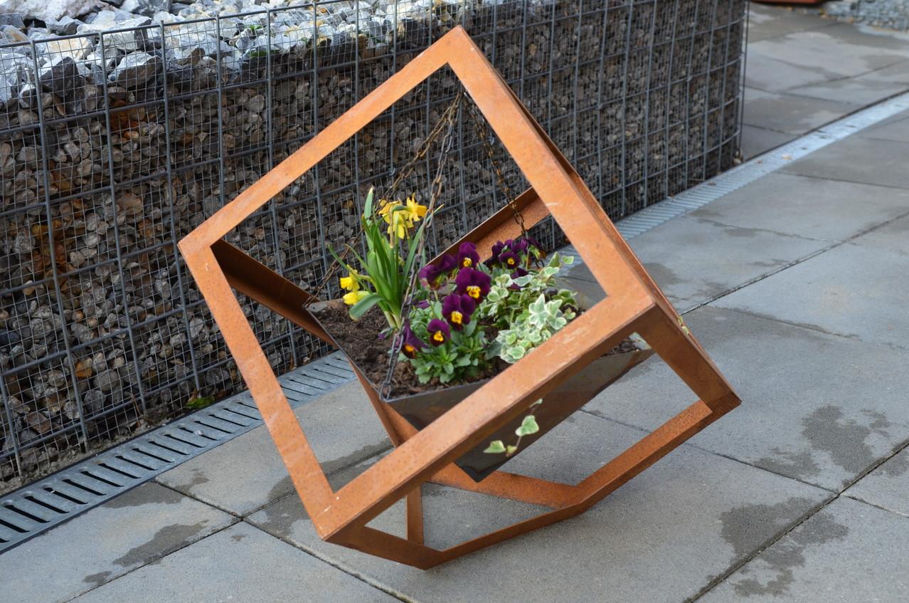 Gartendeko gartendeko rost ischi art for Gartendeko aus rostigem stahl