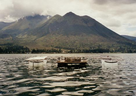 Lago San Pablo, Eciador, with enclosures study effects of UV radiation