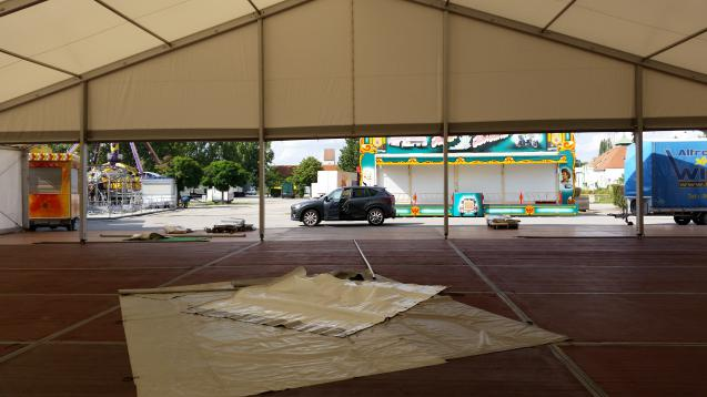 Aufbau 25er Zelt