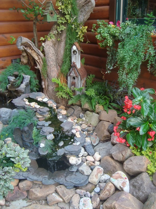 """This is the fountain in """"Tootie's Garden"""""""