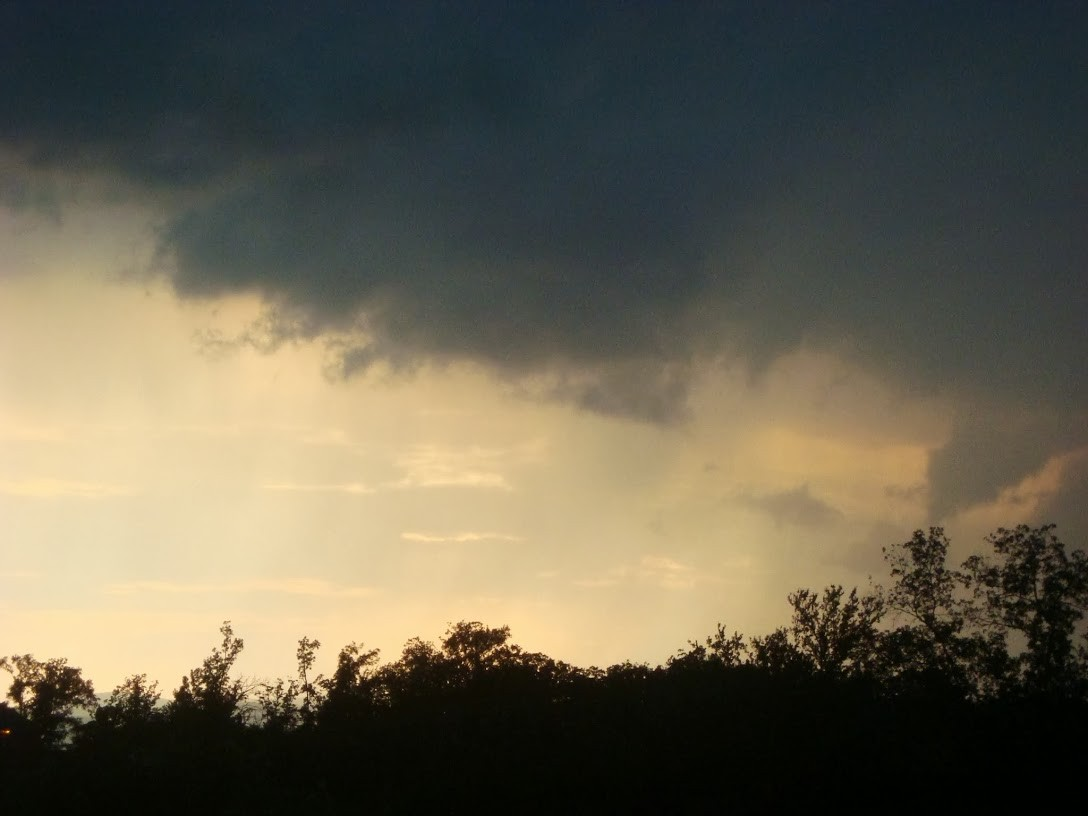 Love to watch the thunderstorms come over the mountain!