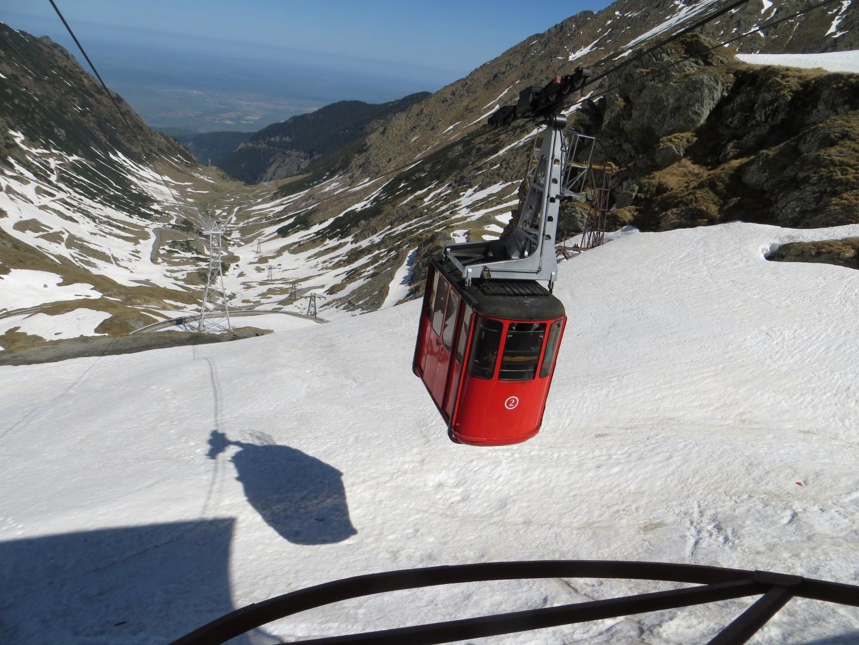 Mit der Kabinenbahn hinauf zum Lacul Balea >2000 m Höhe