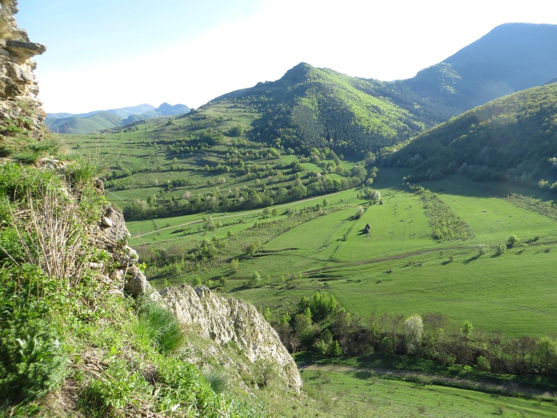 Landschaft um die Burgruine Trascau