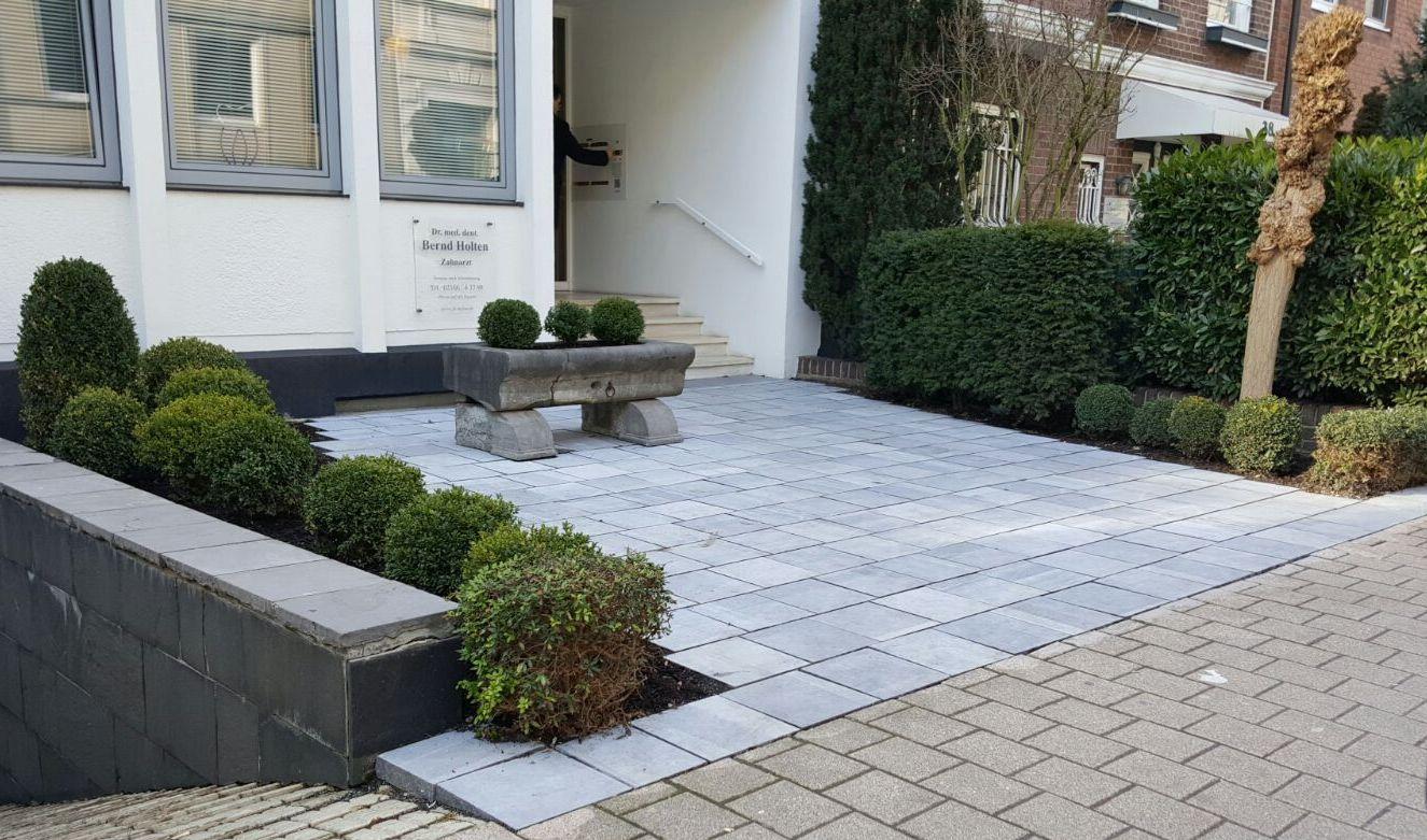 belgischer blaustein haus der steine gmbh naturstein d sseldorf. Black Bedroom Furniture Sets. Home Design Ideas