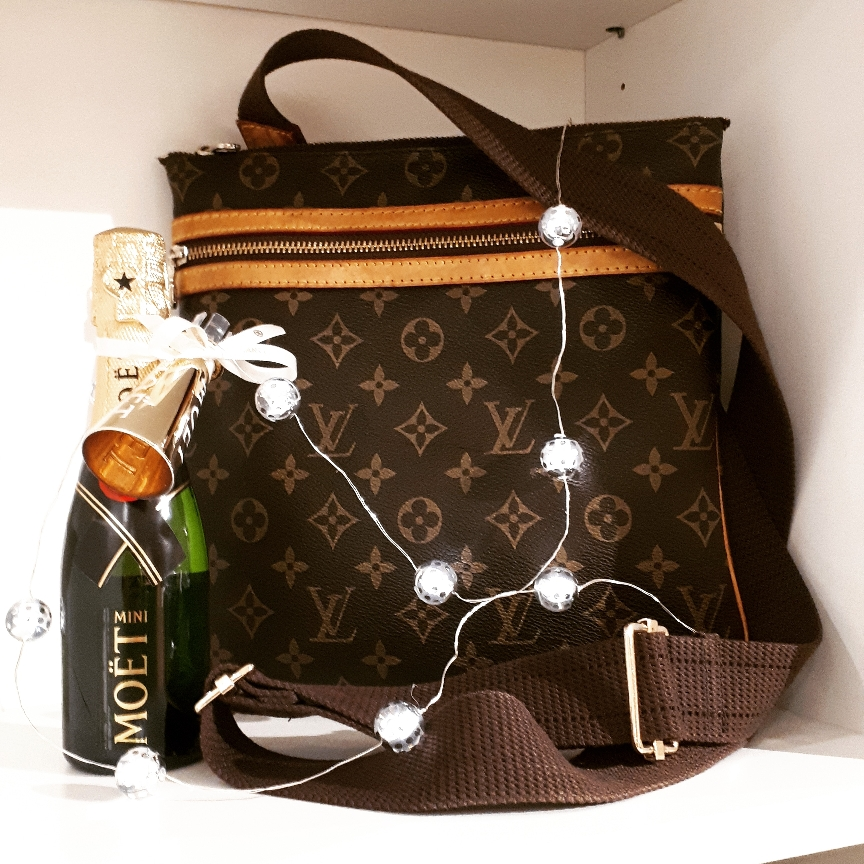 NEW IN Louis Vuitton Bosphore