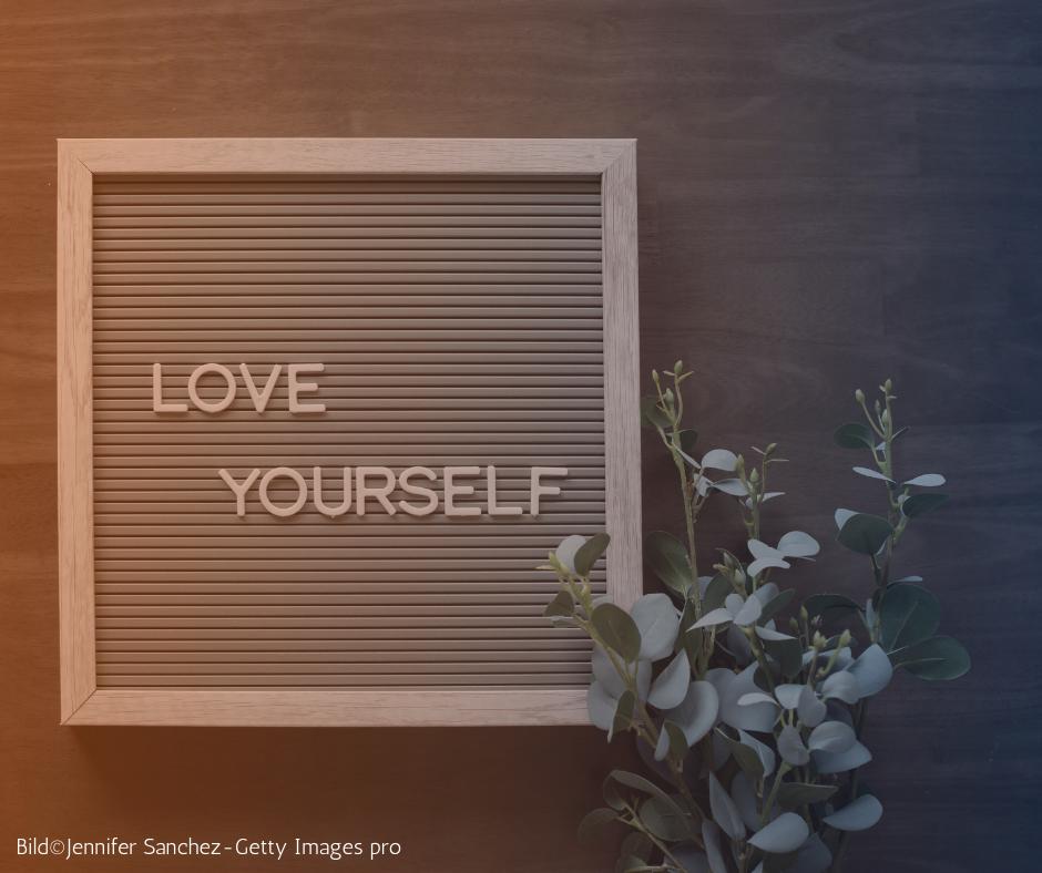 Selbstakzeptanz: 8 Tipps für einen liebevollen Umgang mit dir selbst