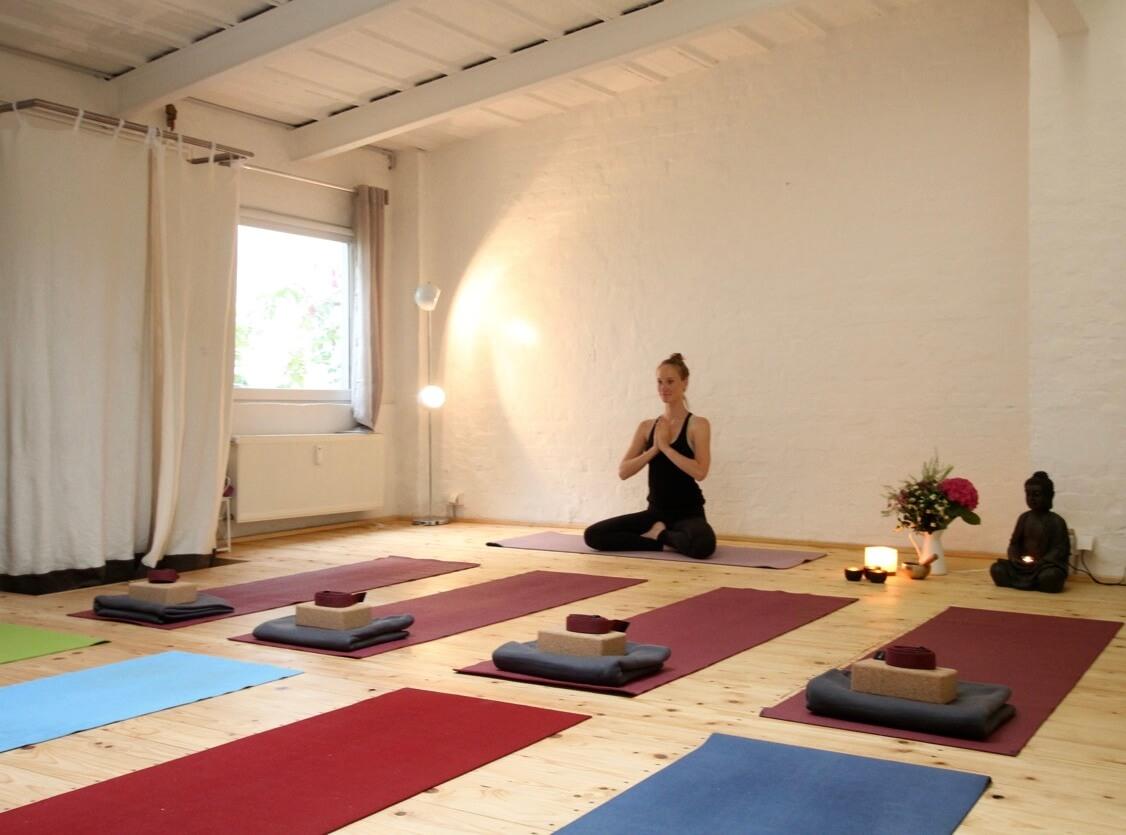 Deine Yoga Praxis beginnt.
