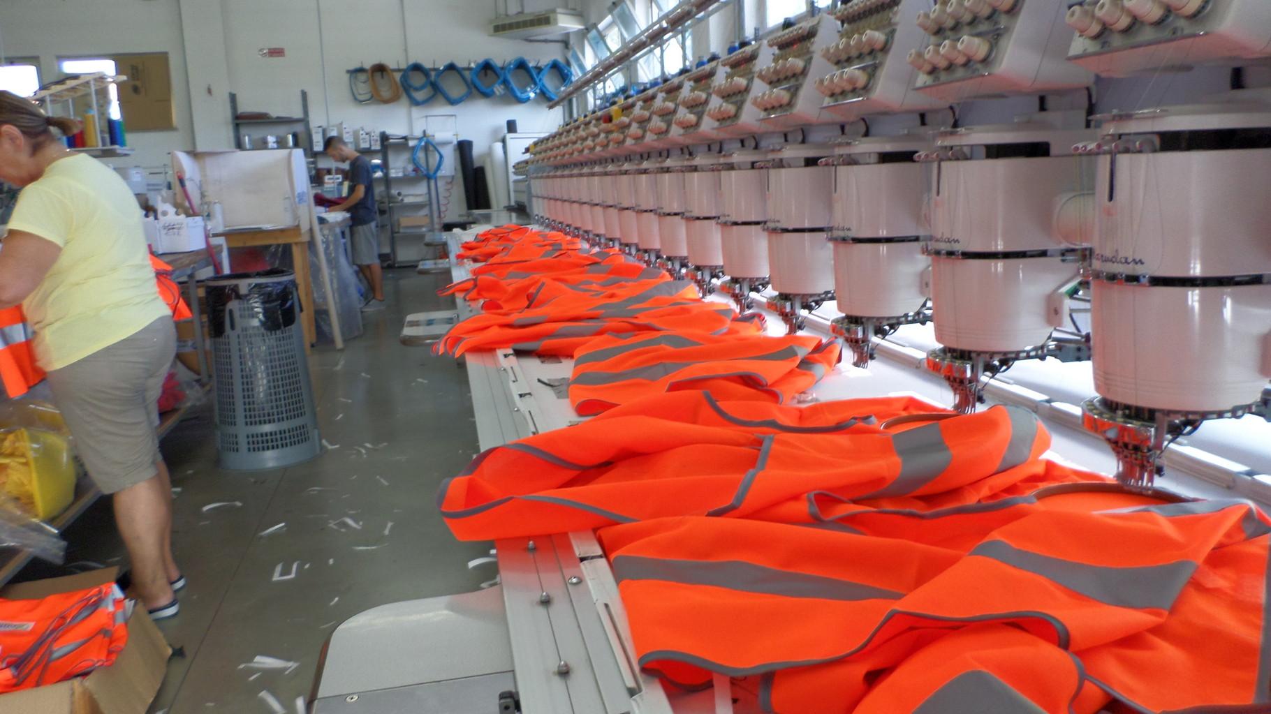 abiti da lavoro personalizzati