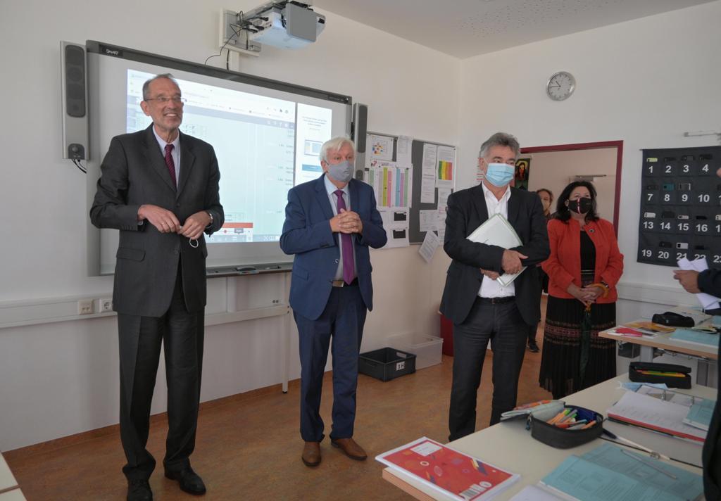 BM Dr. Werner Faßmann, Bildungsdirektor für NÖ HR Mag. Johann Heuras, Vizekanzler BM Mag. Werner Kogler, HR Dir. Mag. Gabriele Schletz