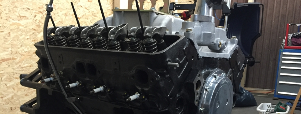 383cui Motor vor der Fertigstellung.
