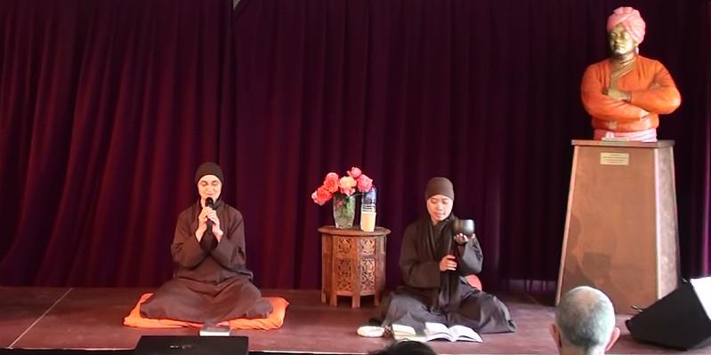 La prière bouddhiste zen par Sœur Giac Nghiem
