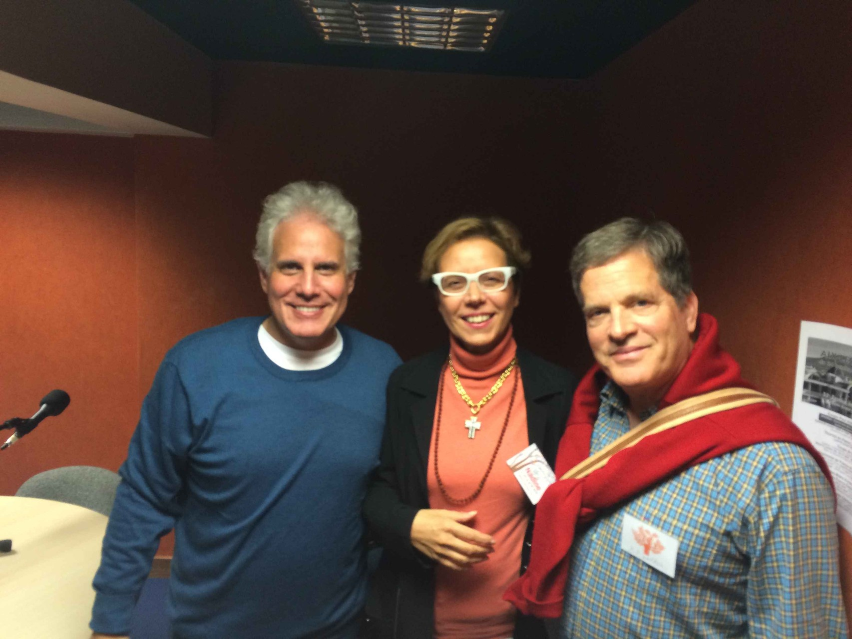 Shivani avec Steven Rudolph et Bill (traducteur)