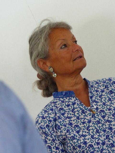 Isabelle Morin Larbey trad. Yoga de Madras (pres. FNEY) - Salle Vivekananda