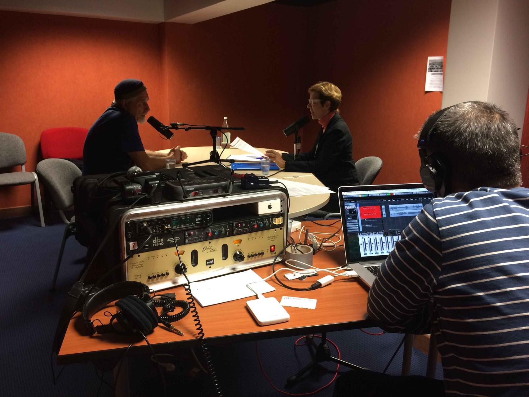 Jorge qui enregistre l'entretien avec Pierre Yves Albrecht