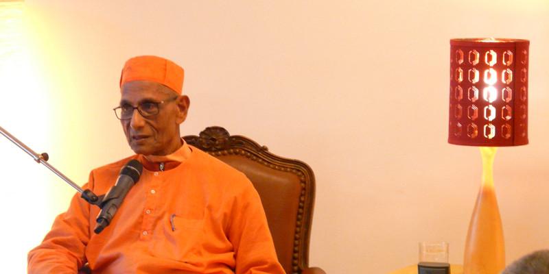 Swami Suhitananda