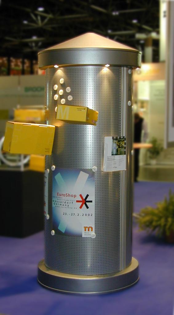 Litfaßsäule XL In Lochblechoptik mit Beleuchtung