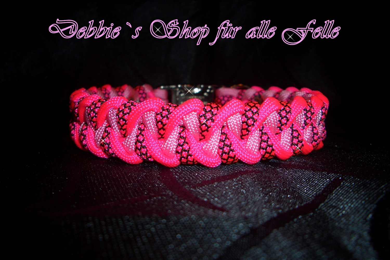 neon pink / pink-rose / neon pink diamonds