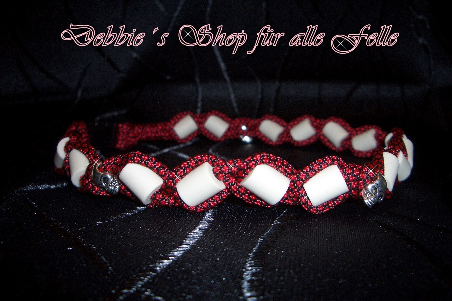 imperial red diamonds mit Skull Beads