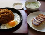 カレー焼飯と餃子