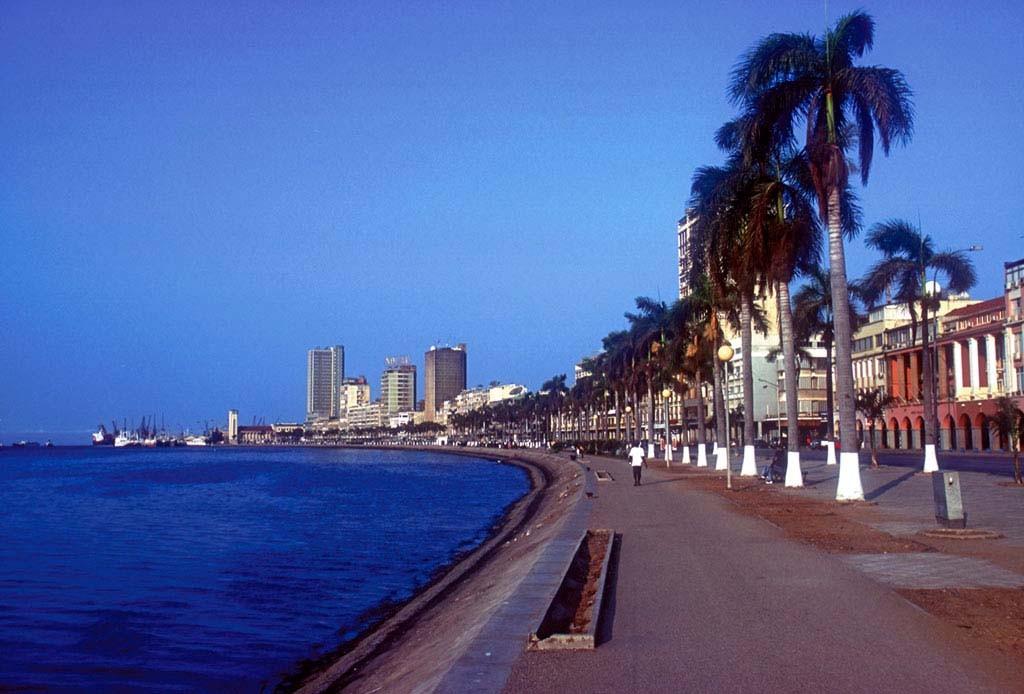 Набережная Луанды
