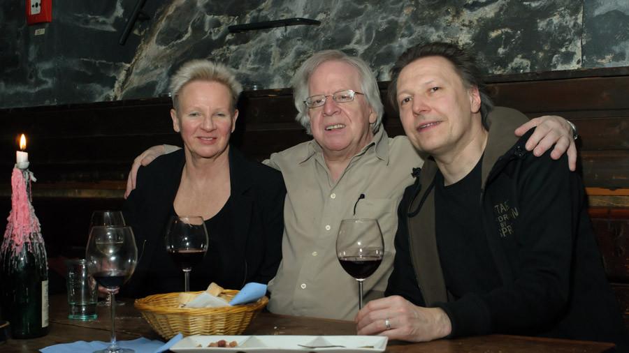 Sigrid Awizio und Marc Mandel mit dem Harfenisten Peter Wucherpfennig