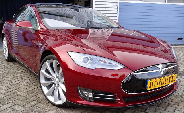 Tesla model S rood metallic, velgen en lak met glascoating | A1 Car Cleaning