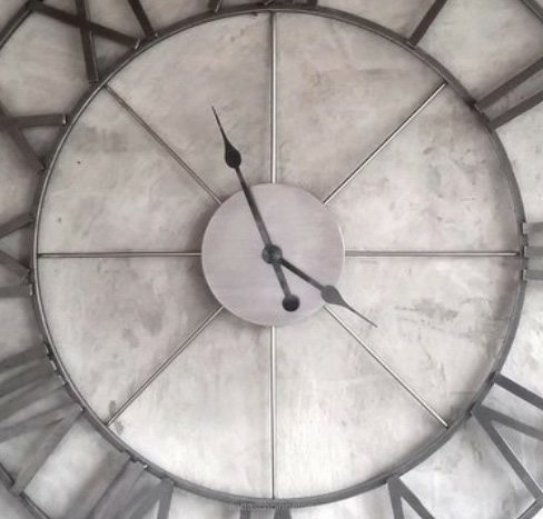 Grote wandklok | Stoere klokken voor de woonkamer