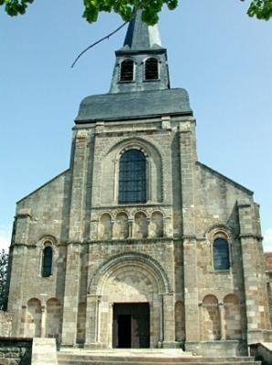 9 Eglise Chateaumeillant