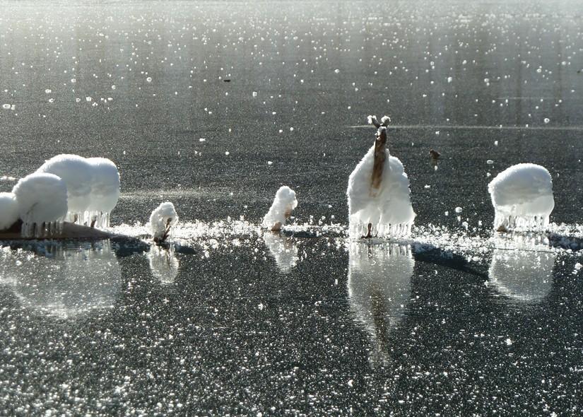 Bizarre Eisskulpturen