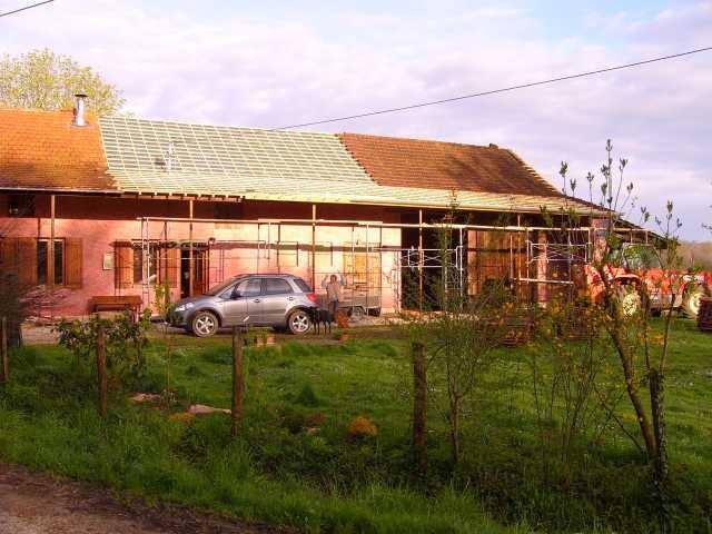und bekommt teilweise neue Dachlatten