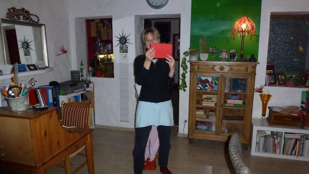 Andrea hat ein I-Pad Mini bekommen... jetzt hat es auch sie erwischt!