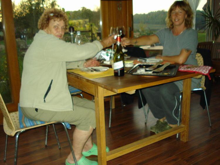 Mama und ich in der Veranda