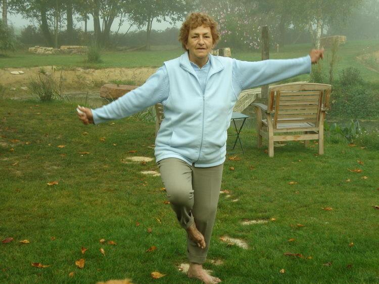 Meine Mama ist noch ganz schön fit und gelenkig