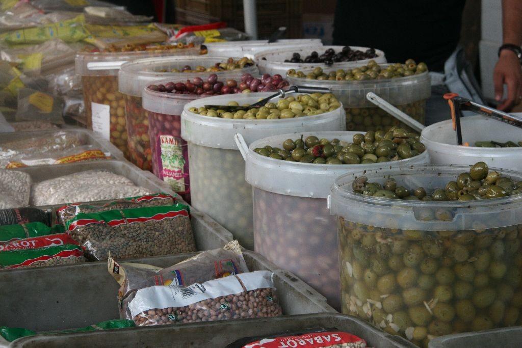 Auf dem Arabermarkt in Chalon