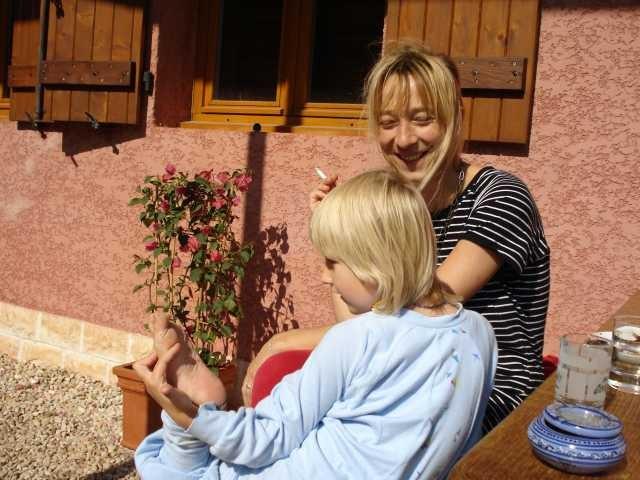 Andrea kommt mit Zora zu Besuch