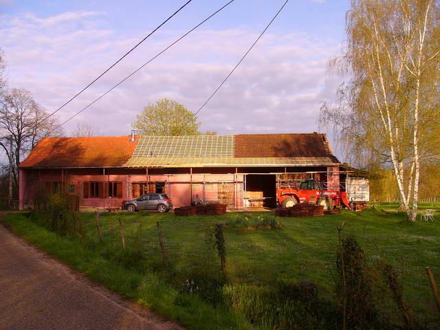 Das Hausdach wird renoviert