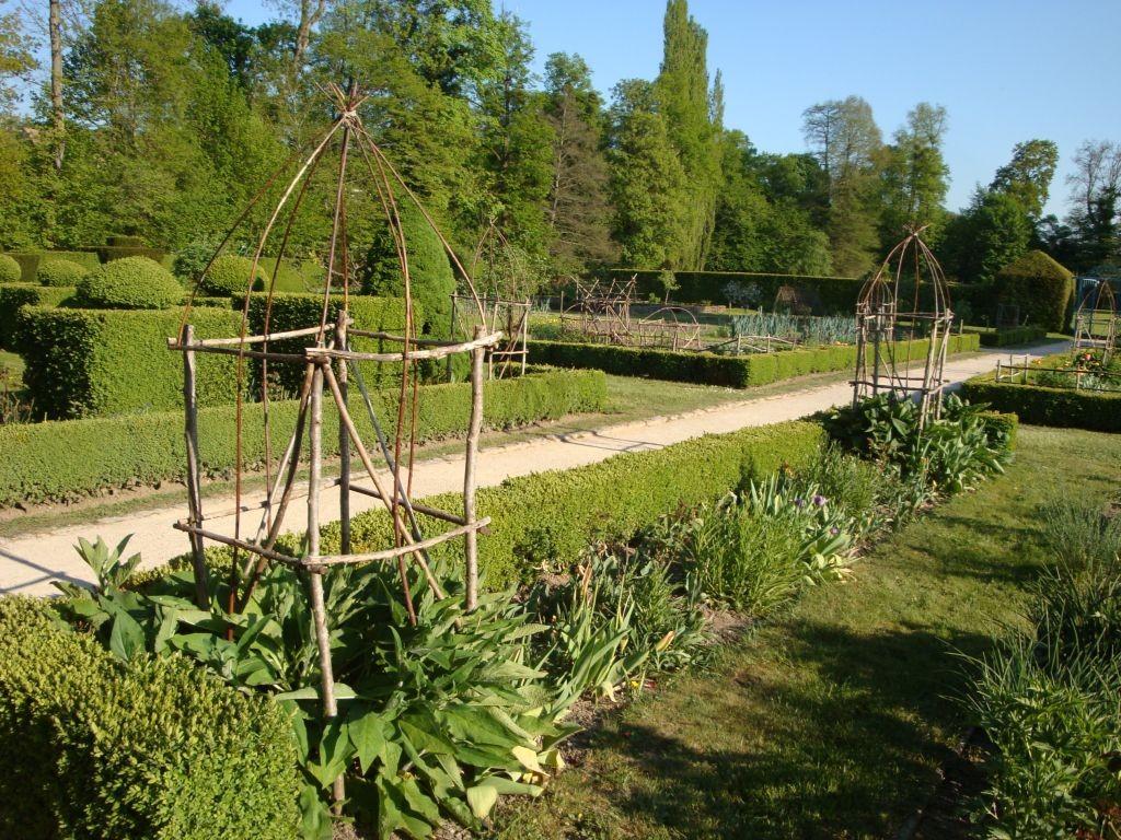 Schloss Cormatin - mir gefallen besonders die vielen Ideen für den Garten