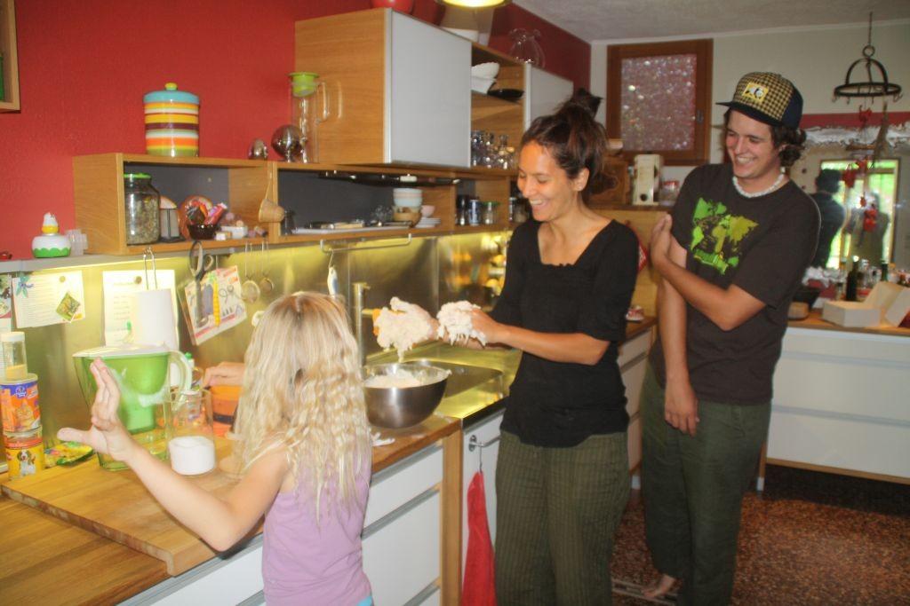 Pizzavorbereitung in der Küche