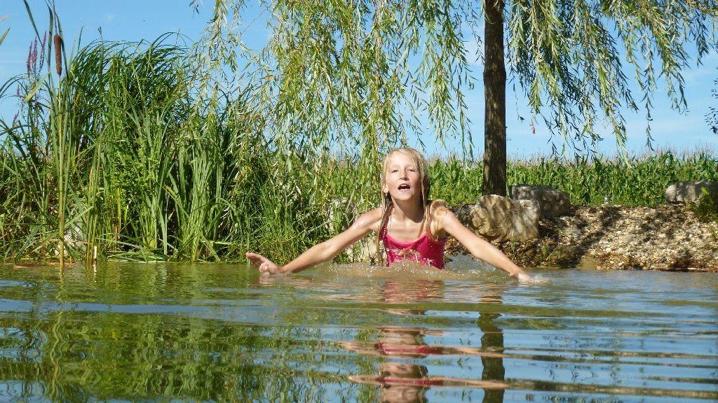 Kopfsprung ist noch nicht drin - aber dafür Ballerinaeinlagen am Ufer