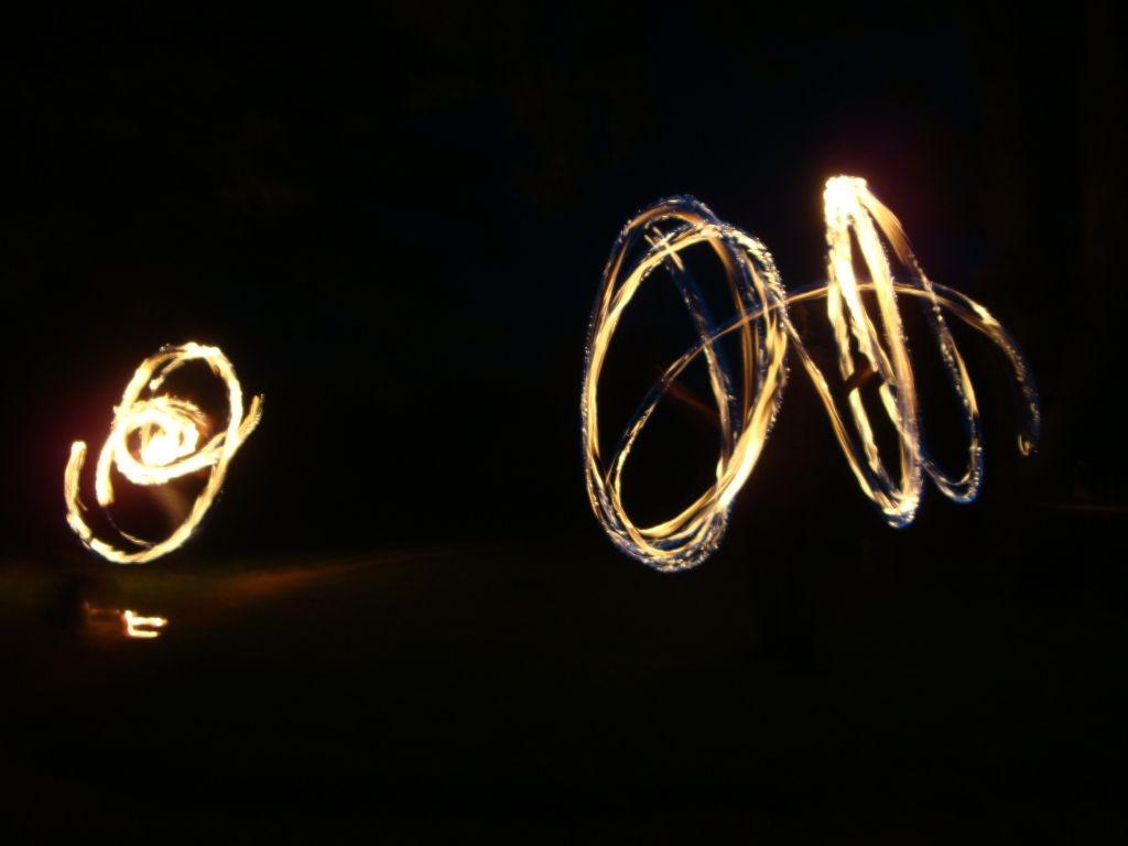 Willi und Sarahs Feuershow