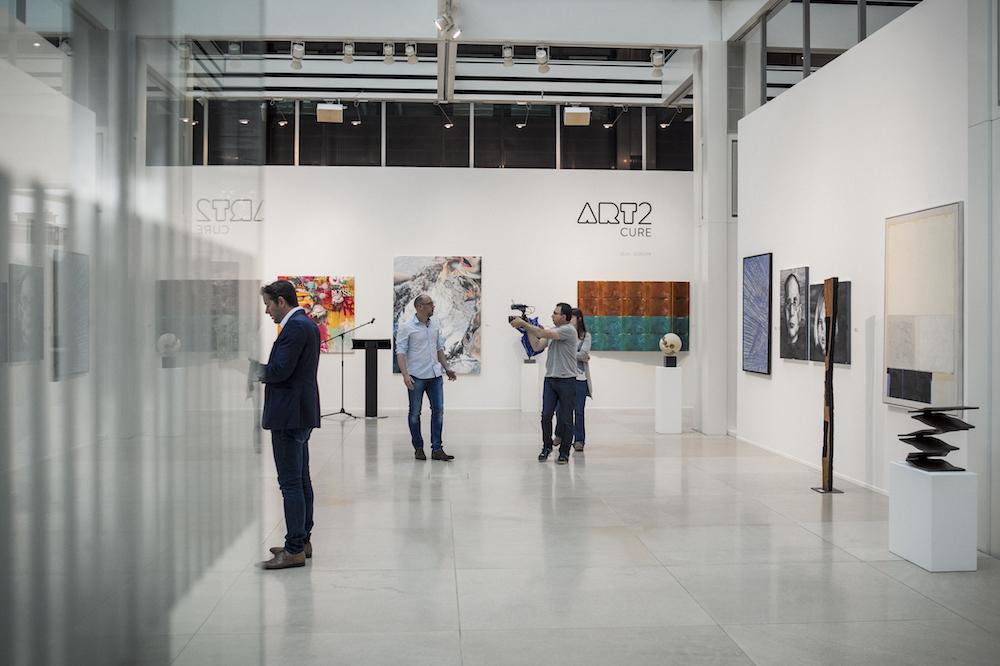 """""""Art2Cure"""", galérie l'indépendance'16, photo by  Mike Zenari"""