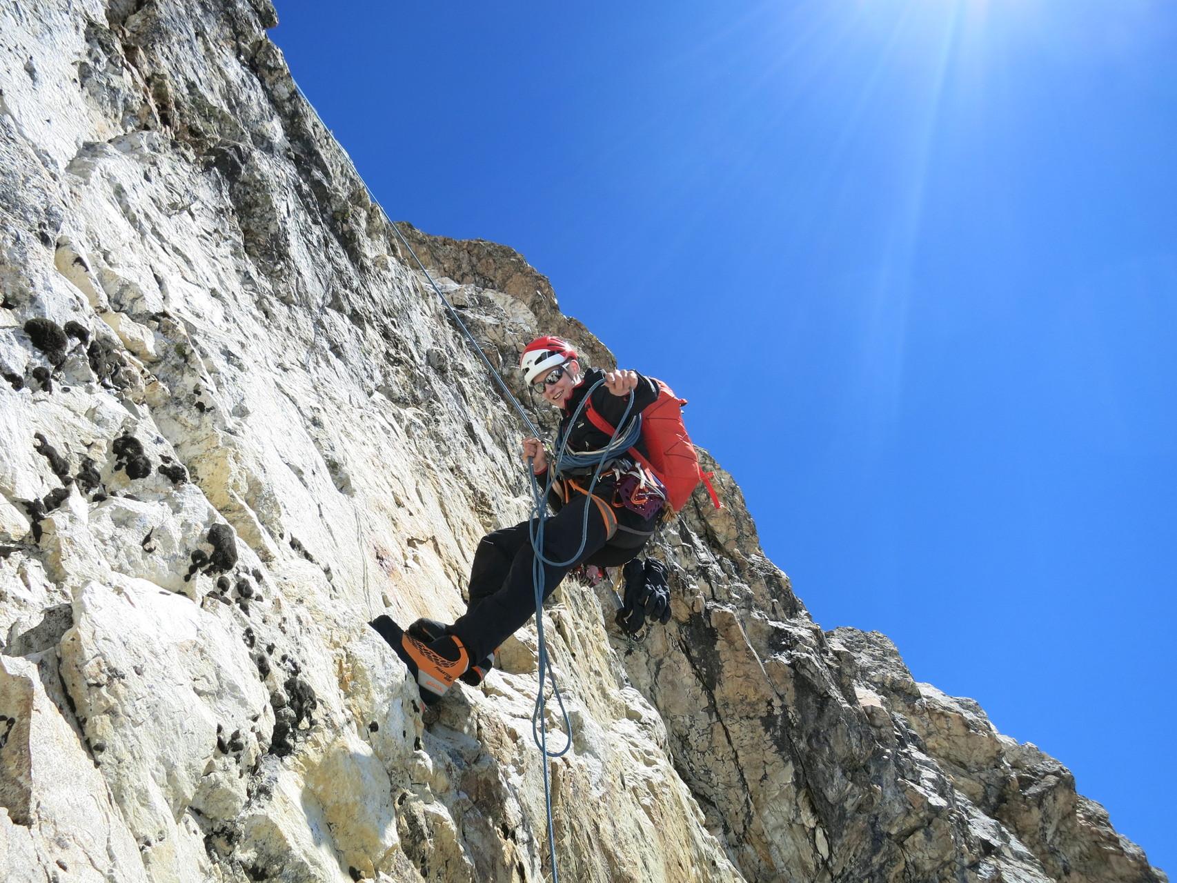 Abstieg in der Gipfelwand