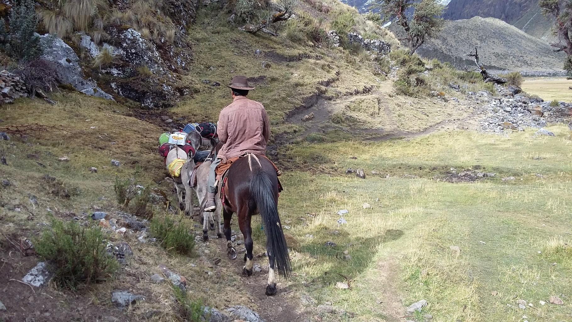 Auf den letzten Metern an der Laguna Jauacocha